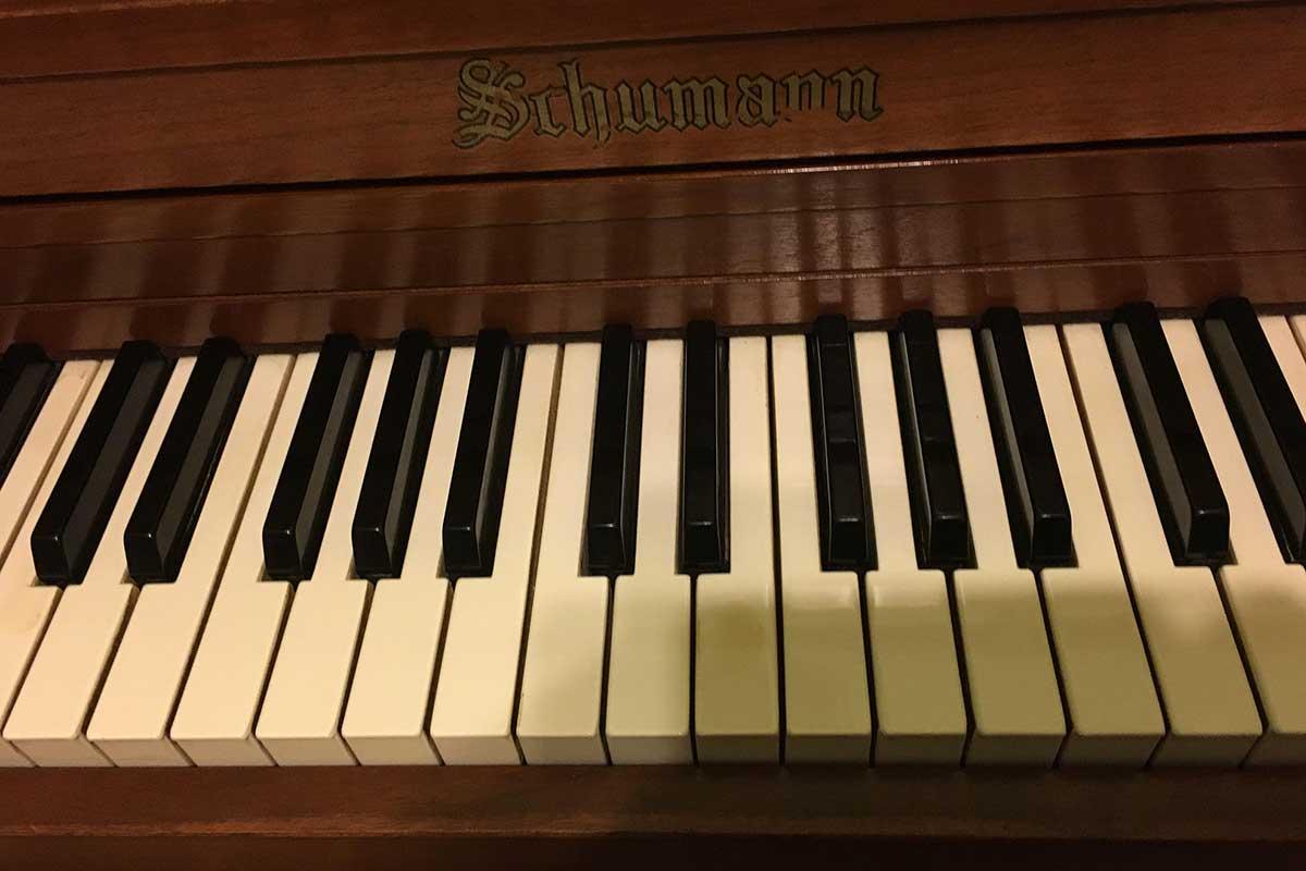 Mel's piano